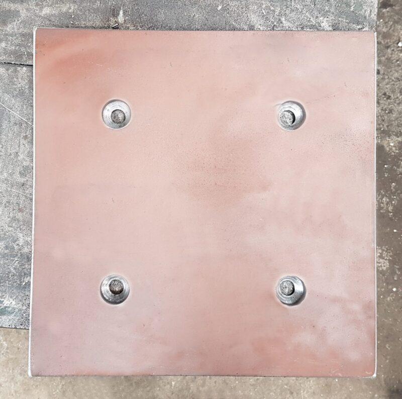 Revestimento de Chute usinado em aço Hardox.
