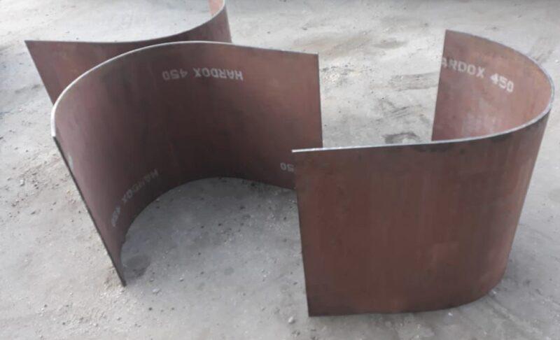 Bojo calandrado para o fundo da concha/caçamba produzido em aço Hardox 450